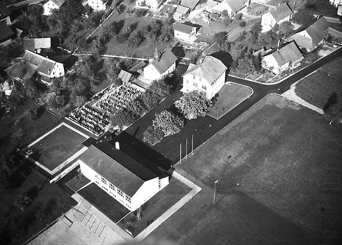 /_SYS_gallery/DasDorf/Luftaufnahmen/1960_01.jpg