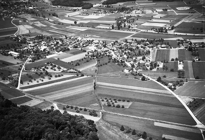 /_SYS_gallery/DasDorf/Luftaufnahmen/1960_010.jpg
