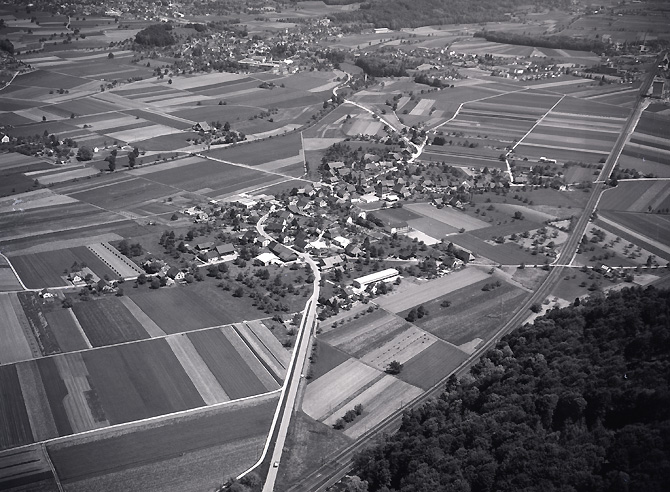 /_SYS_gallery/DasDorf/Luftaufnahmen/1960_012.jpg