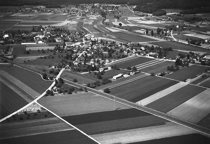 /_SYS_gallery/DasDorf/Luftaufnahmen/1960_04.jpg