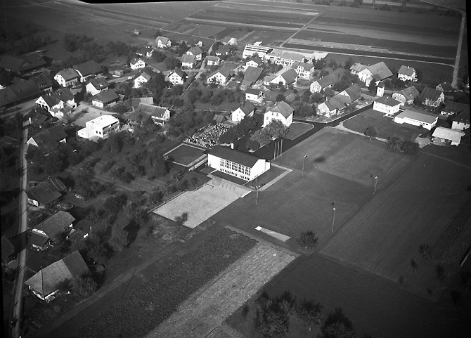 /_SYS_gallery/DasDorf/Luftaufnahmen/1960_05.jpg
