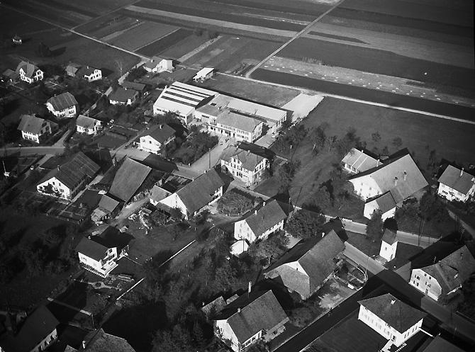 /_SYS_gallery/DasDorf/Luftaufnahmen/1960_06.jpg
