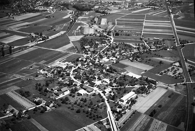 /_SYS_gallery/DasDorf/Luftaufnahmen/1960_08.jpg