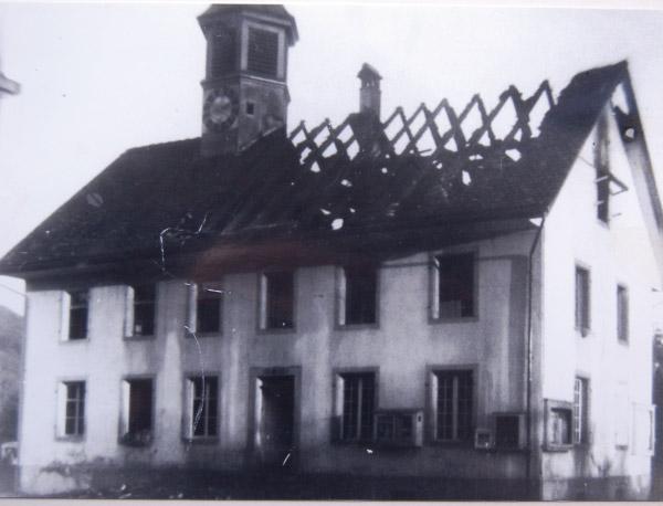 /_SYS_gallery/DasDorf/Persoenlichkeiten/EmilBaumann/Emil-Baumann-Feuer.jpg