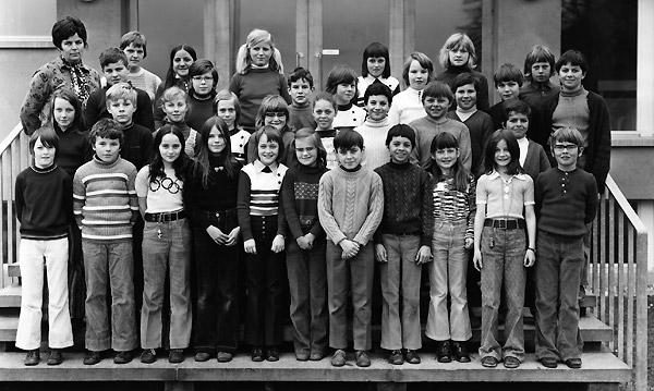 /_SYS_gallery/Schule/Schule/Klassenfotos/1972_73W.jpg