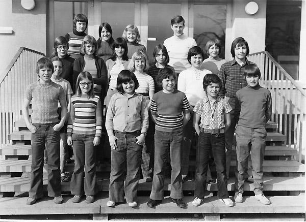 /_SYS_gallery/Schule/Schule/Klassenfotos/1973_74W.jpg