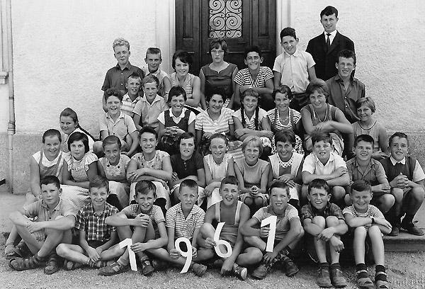 /_SYS_gallery/Schule/Schule/Klassenfotos/Klassenfoto-1961.jpg