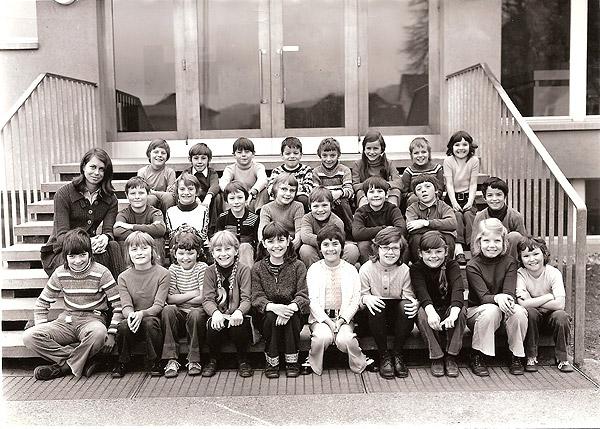 /_SYS_gallery/Schule/Schule/Klassenfotos/Klassenfoto_1973_Jg64_65.jpg